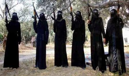 داعش مادری را به جرم شیر دادن به فرزندش مثله کرد+ تصاویر