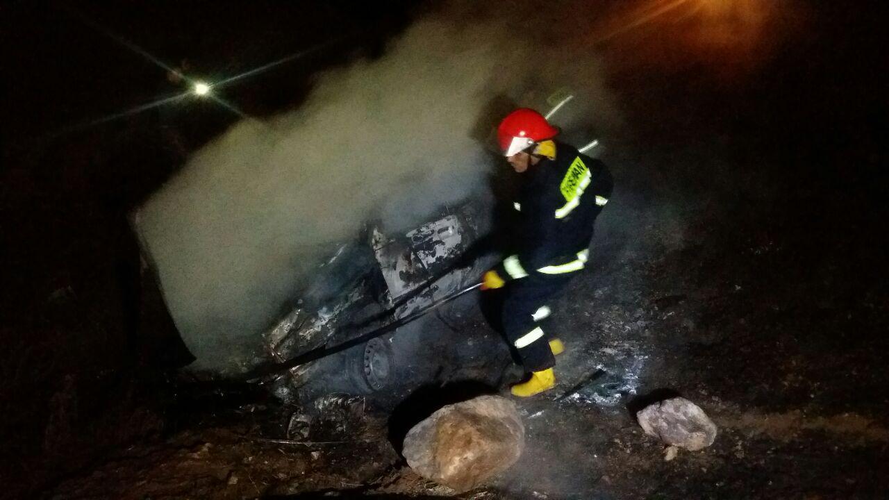 خودوروی پراید در آتش سوخت + تصاویر