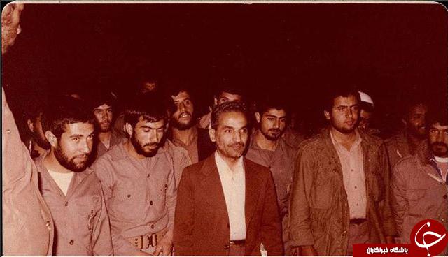 سردار سلیمانی در کنار شهید رجایی +عکس