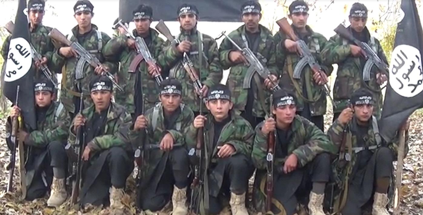 فارغ التحصیلان ادوگاه آموزشی داعش در افغانستان+ فیلم