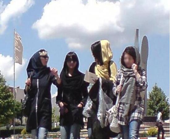 لوازم آرایش فرانسوی، جذابیت زنان ایرانی را تست میکنند!