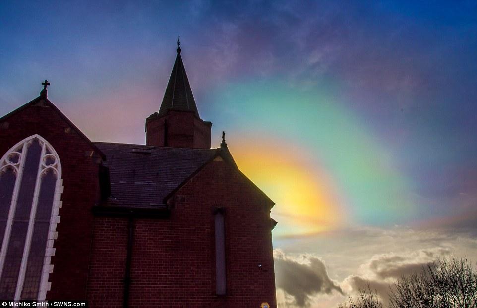 پدیده حیرتانگیز رنگینکمان آتشین+تصاویر