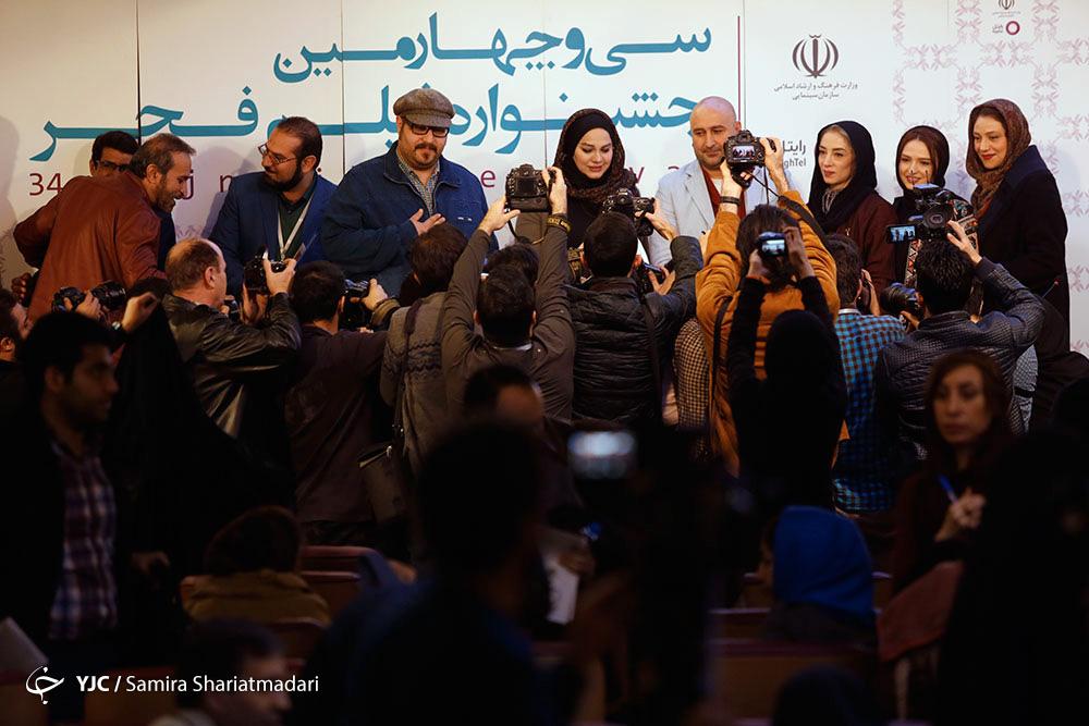 جشنواره فجر به نیمه راه رسید و حکایت همچنان باقیست