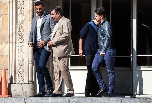 سوشا مکانی و نامزدش امروز به دادسرای فرهنگ و رسانه رفتند + عکس