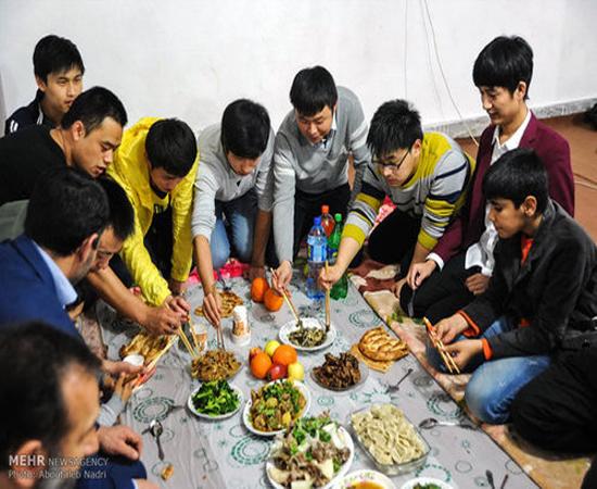 جشن سال نوی چینی در حوزه علمیه (عکس)