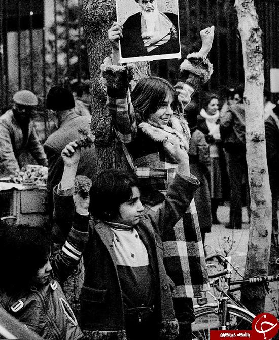 گاردین: «انقلاب 57» از لنز دوربین عکاس زن +تصاویر