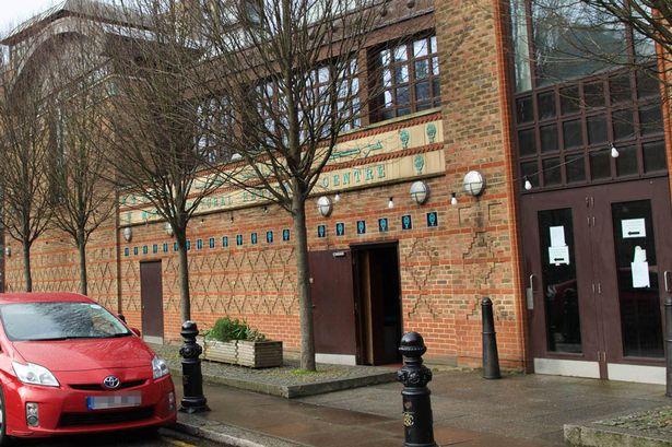 اسلام هراسی جدید دولت انگلیس: مسجد المنار لندن مرکز داعش است! + تصاویر