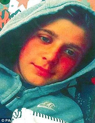 سلفی 3 پسر شیطان صفت قبل از جنایت/ قتل وحشیانه دختر 14 ساله با قمه +تصاویر