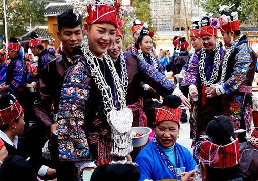 گزارشی تصویری از مراسم ازدواج به شیوه سنتی  + تصاویر
