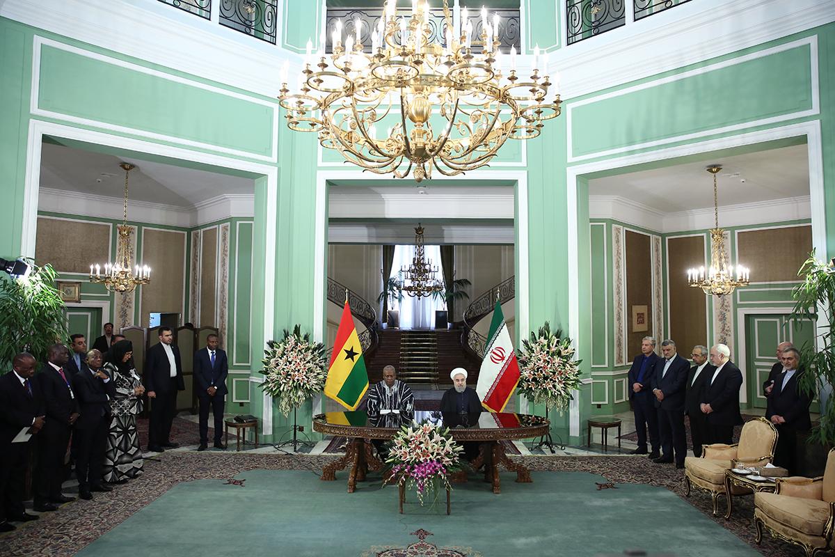 سفر نخستین رئیسجمهور قاره آفریقا به ایران در پسابرجام+ تصاویر