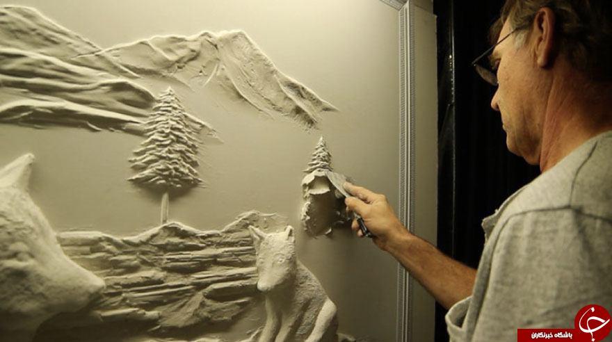 گچبری های سه بعدی بر روی دیوار تنها با یک کاردک +تصاویر
