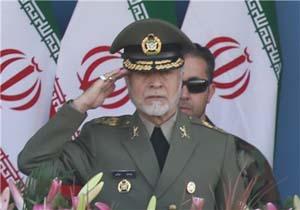 فرمانده کل ارتش از پایگاه شهید فکوری نیروی هوایی بازدید کرد