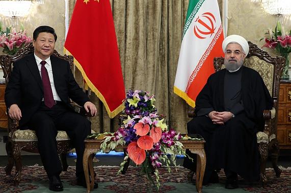 نشست خبری مشترک روسای جمهور ایران و چین آغاز شد