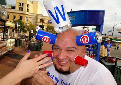 مردی که بطریها را بهسوی خود جذب میکند! + تصاویر