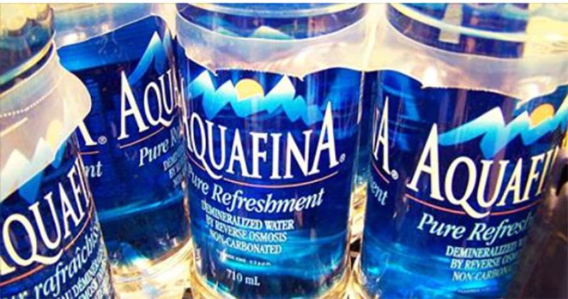 بطری های آب معدنی این کارخانه با آب راکت پر می شوند+ عکس