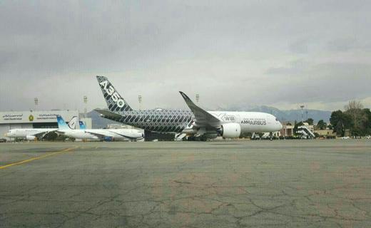 فرود نخستین ایرباس 350 در فرودگاه مهرآباد+عکس