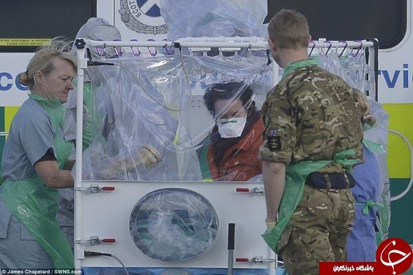 انتقال بیمار مبتلا به ابولا به بیمارستان توسط هواپیمای ایزوله + تصاویر