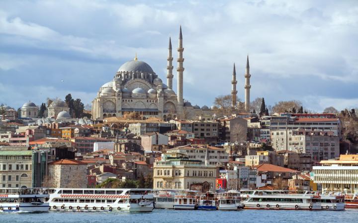 10 شهر اول دنیا در زیبایی+تصاویر