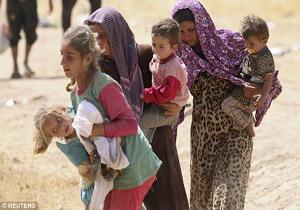 دیلی میل فاش کرد: تجارت داعش با سوداگران جنسی/قاچاق بینالمللی زنان و دختران