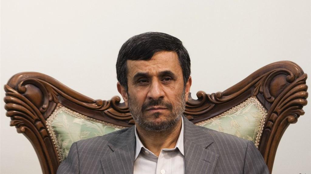 احمدینژاد در گذشت آیت الله واعظ طبسی را تسلیت گفت