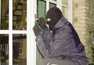 ماجرای دزدی بزرگ از انبار یکی از ادارات دولتی استان فارس