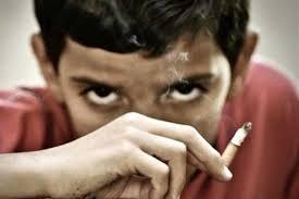 کاهش سن و افزایش مرگ و میر مصرف کنندگان سیگار