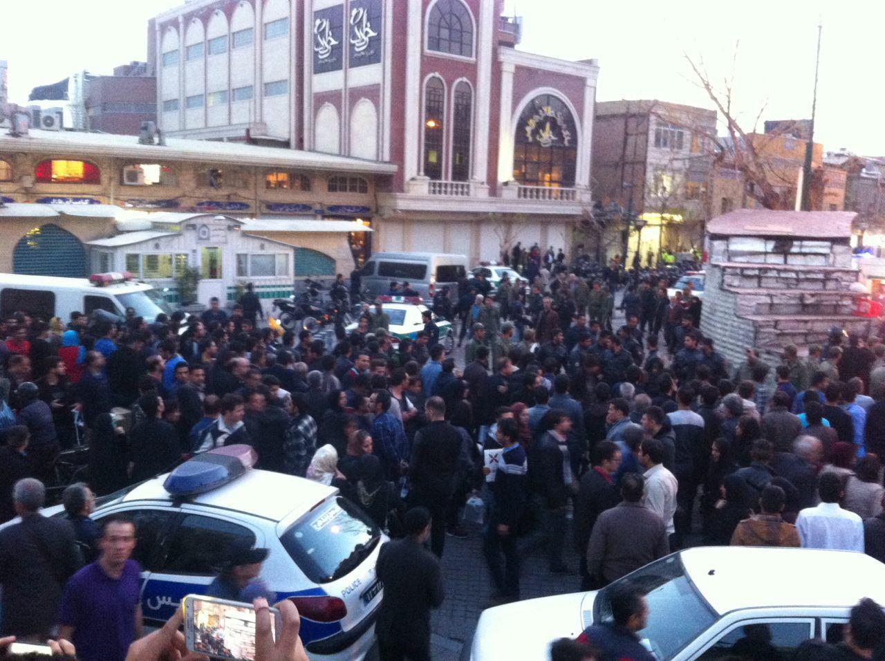 جزئیات و تصاویر انفجار پاساژ قیصریه در بازار تهران