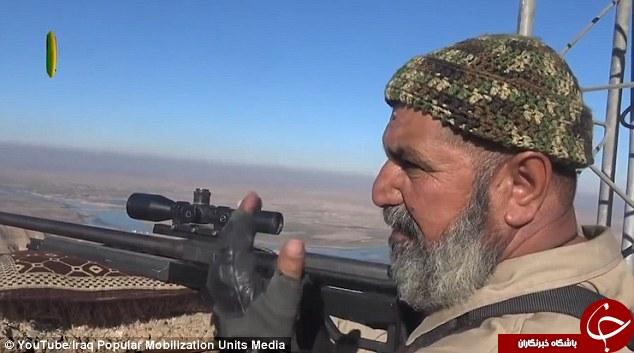 تک تیرانداز 62 ساله 173 داعشی را به هلاکت رسانده است+تصاویر