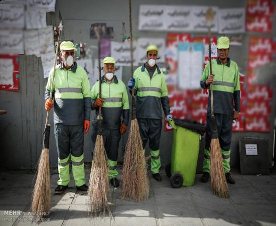 وظیفه ما تمیزکردن شهر از پوسترهای انتخاباتی است!