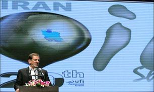 ایران با لغو تحریمها جایگاه خود را در بازارهای جهانی بازپس میگیرد/ تا پایان سال صادرکننده بنزین میشویم