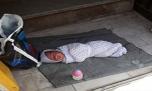 نوزاد 20 روزه پس از شکنجه در پارک رها شد