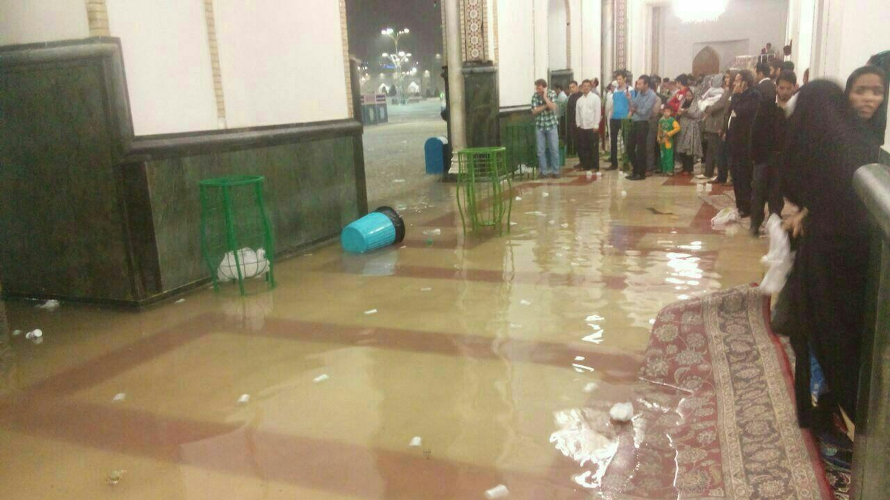 بارندگی شدید در مشهد و تصاویری متفاوت از بارگاه منور رضوی