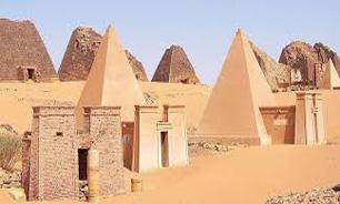 تصاویری زیبا از هرمهای باستانی عجیب در کشور سودان