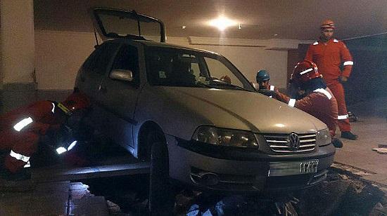 حادثه وحشتناک حین پارک خودرو در پارکینگ