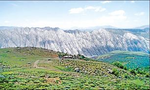 مهراب ، کوهی پر راز و رمز در دلفان