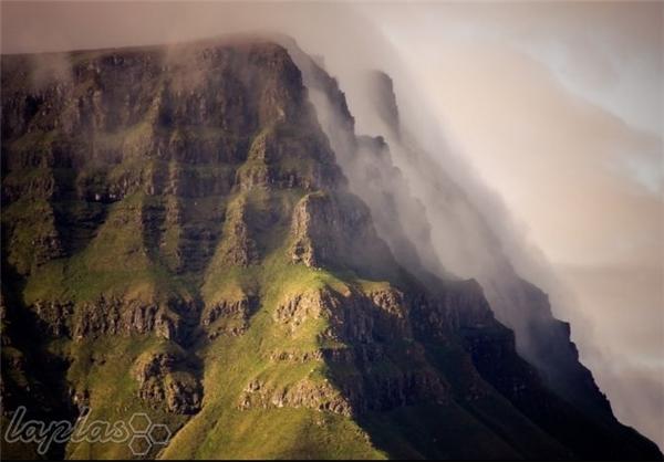 جزیره ای که همیشه ابری است