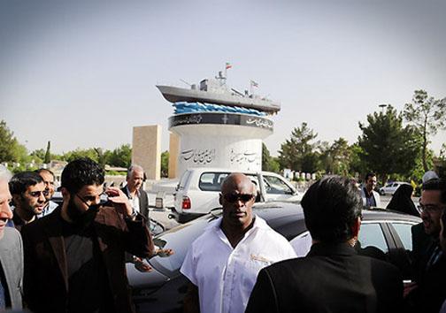 تصاویر و فیلم های رونی کلمن در تهران