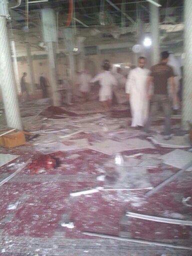انفجار در مسجد شیعیان عربستان/تصاویر
