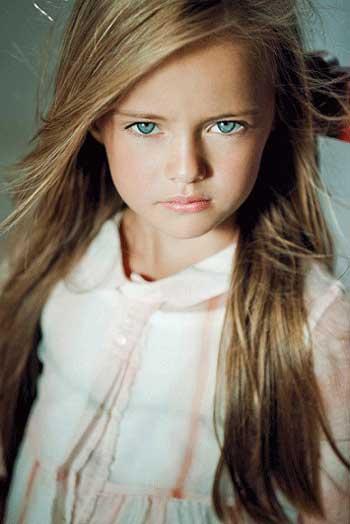 محسنی///////دختر 8 ساله، نهمین سوپر مدل دنیا +تصاویر