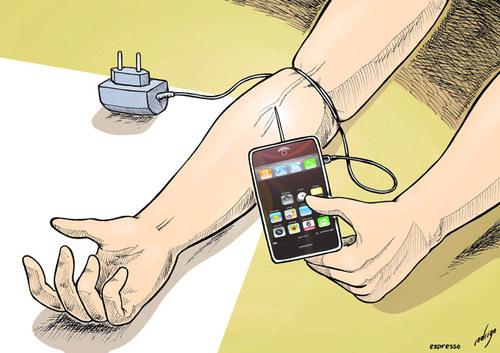 اگر از آنلاین بودن دائمی همسرتان رنج میبرید حتما بخوانید