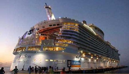 محسنی/////بزرگترین کشتی مسافربری جهان + تصاویر