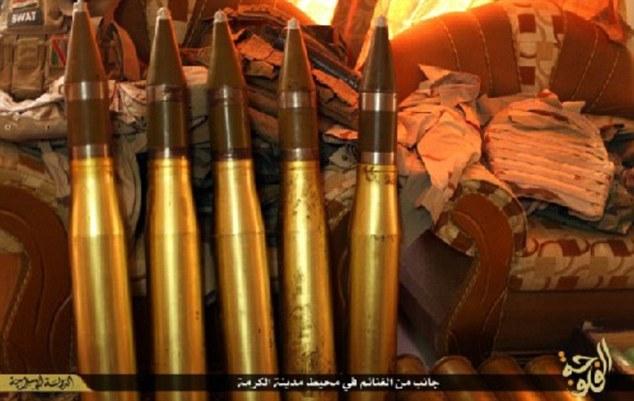 انبار مهمات داعش + تصاویر