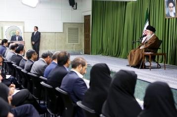 مذاکرهکنندگان با پافشاری بر مواضع اساسی، مصلحت کشور را تأمین کنند