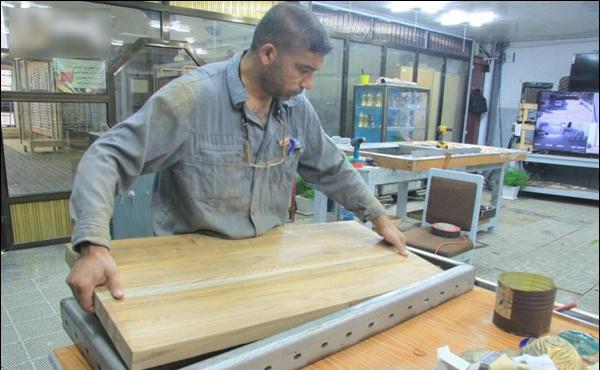 انجام مراحل پایانی ساخت درب ضریح جدید حرم حضرت عباس(ع) + تصاویر