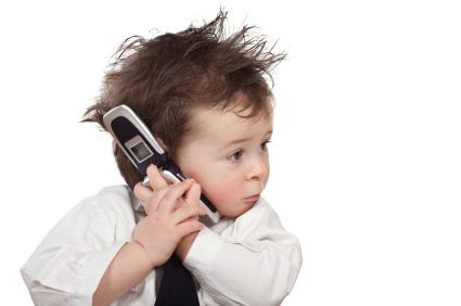 علت گردن درد هنگام خیره شدن به تلفن همراه