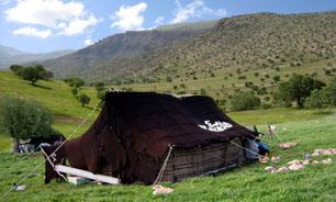 سیاهچادرهای عشایر کانون توجه توریستها و گردشگران خارجی