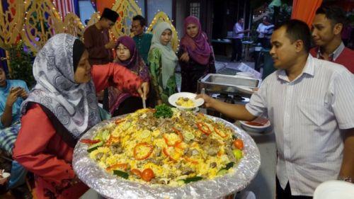 3382491 201 آداب عید فطر در کشورهای اسلامی + تصاویر