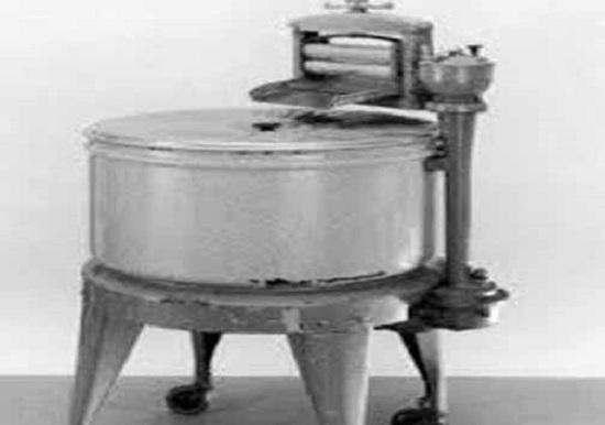 محسنی////تصویری جالب و دیدنی اولین ماشین لباسشویی جهان