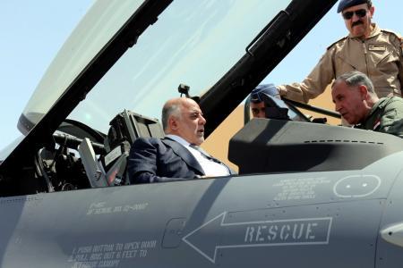 وقتی نخست وزیر عراق سوار جنگنده F16 میشود+ تصاویر