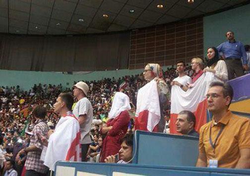 حضور بانوان لهستانی در سالن 12 هزار نفری آزادی